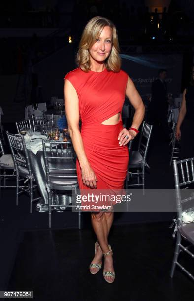 Presenter Lara Spencer attends The Hospital for Special Surgery 35th Tribute Dinner at the American Museum of Natural History on June 4 2018 in New...