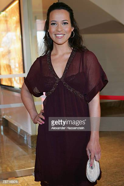 TV presenter Nandini Mitra arrives for the Herbert Award 2006 Gala at the Elysee Hotel on March 26 2007 in Hamburg Germany