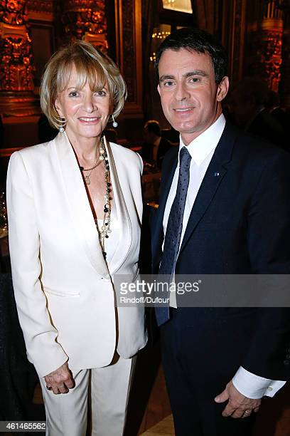 Presenter of the event Eve Ruggieri and French Prime Minister Manuel Valls attend Weizmann Institute celebrates its 40 Anniversary at Opera Garnier...