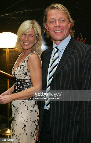 Presenter Ulrike von der Groeben arrives with her husband Alexander von der Groeben for the 'Best Sportsman of the Year 2006' event at the Kurhaus...
