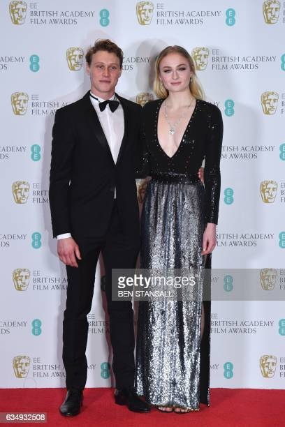 CORRECTION Presenters British actor George Mackay and British actress Sophie Turner pose together in the winner's room at the BAFTA British Academy...