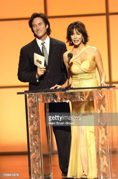 Presenters Drake Hogestyn and Hunter Tylo at the 32nd annual Daytime Emmys