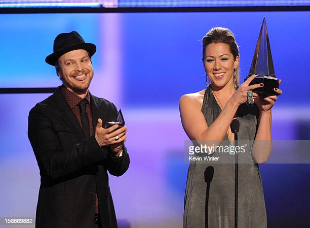 Presenters Gavin DeGraw and Colbie Caillat speak onstage during the 40th American Music Awards held at Nokia Theatre LA Live on November 18 2012 in...