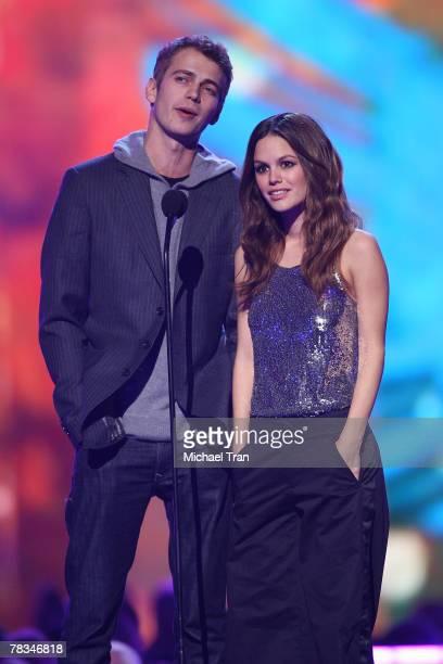 Presenters Hayden Christensen and Rachel Bilson speak during the Spike TV's 2007 'Video Game Awards' at the Mandalay Bay Events Center on December 7...