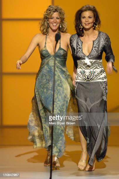 Presenters Laura Wright and Gina Tognoni at the 32nd annual Daytime Emmys