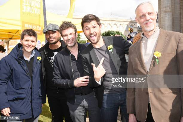 TV presenters Thomas Sotto Ali Rebeihi Herve Mathoux Christophe Beaugrand and Tom Novembre attend Une Jonquille pour Institut Marie Curie Place du...