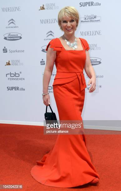 Presentor Andrea Ballschuh arrives to the ceremony for the media prize 'Golden Hen' at the Theater am Potsdamer Platz in Berlin Germany 25 September...
