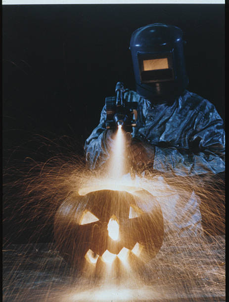 UNS: A (Don't) Look Back At Halloween!