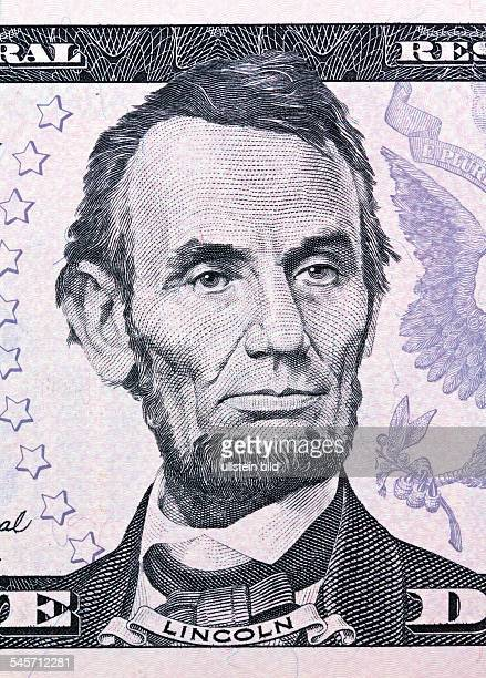 USA president Abraham Lincoln picture printed on the 5 Dollar banknote