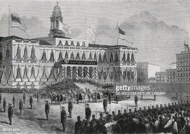 President Abraham Lincoln 's funeral arrival of his coffin at New York City Hall engraving United States of America 19th century
