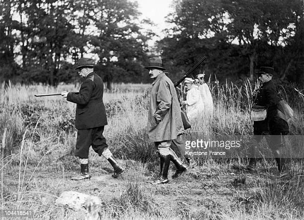 President Albert Lebrun, In Hunting Gear With The Baron De Gaiffier D'Hestroy, The Ambassador Of Belgium, During A Presidential Hunting Outing In...