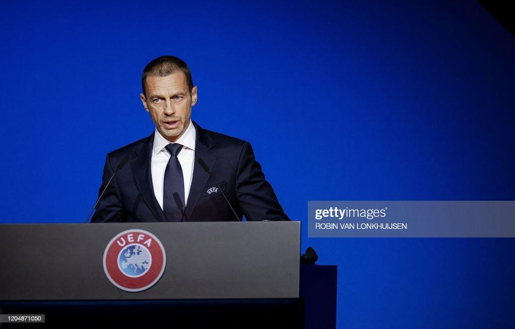 NETHERLANDS-UEFA-FBL-SPORT : ニュース写真