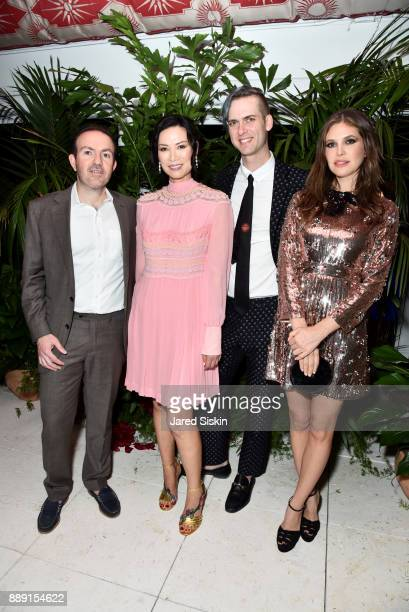 President and COO of Artsy Sebastian Cwilich Actress Wendi Deng Murdoch Founder at Artsy Carter Cleveland and Businesswoman Dasha Zhukova attend the...