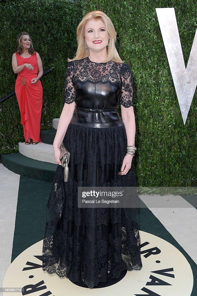 2013 Vanity Fair Oscar Party Hosted By Graydon Carter - Arrivals : News Photo