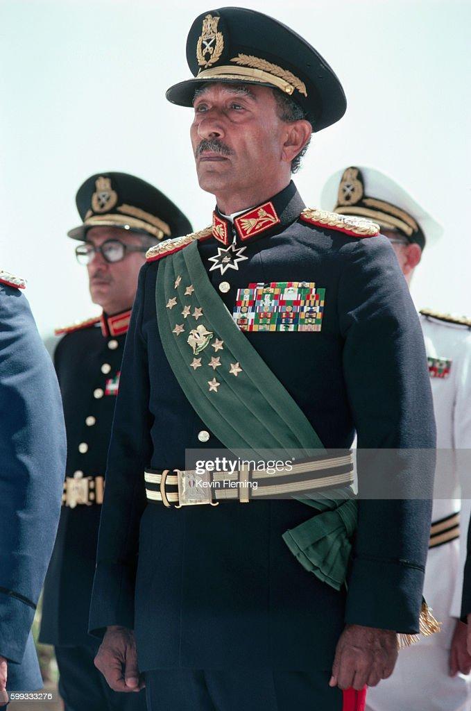 Anwar Sadat in Uniform : News Photo