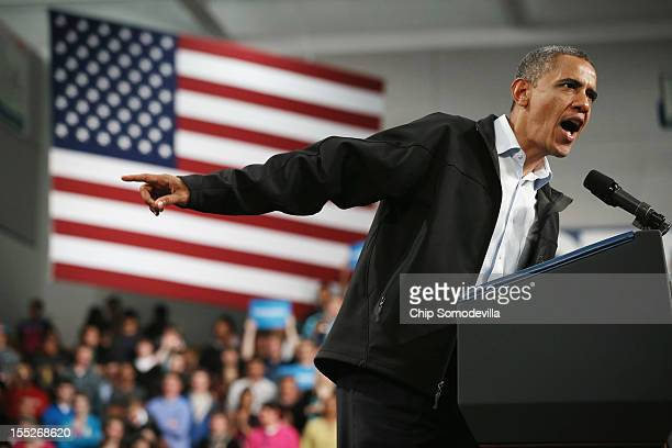 S President Barack Obama addresses a campaign rally at Springfield High School November 2 2012 in Springfield Ohio With four days left until the...