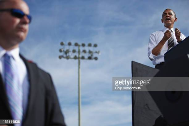 President Barack Obama addresses a campaign rally on the campus of the College of Southern Nevada November 1, 2012 in North Las Vegas, Nevada. With...