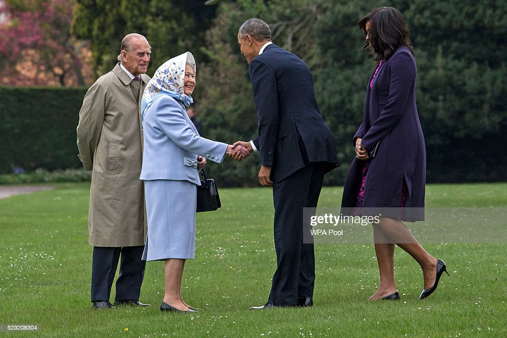 President Obama And The First Lady Lunch With The Queen and Prince Philip : News Photo