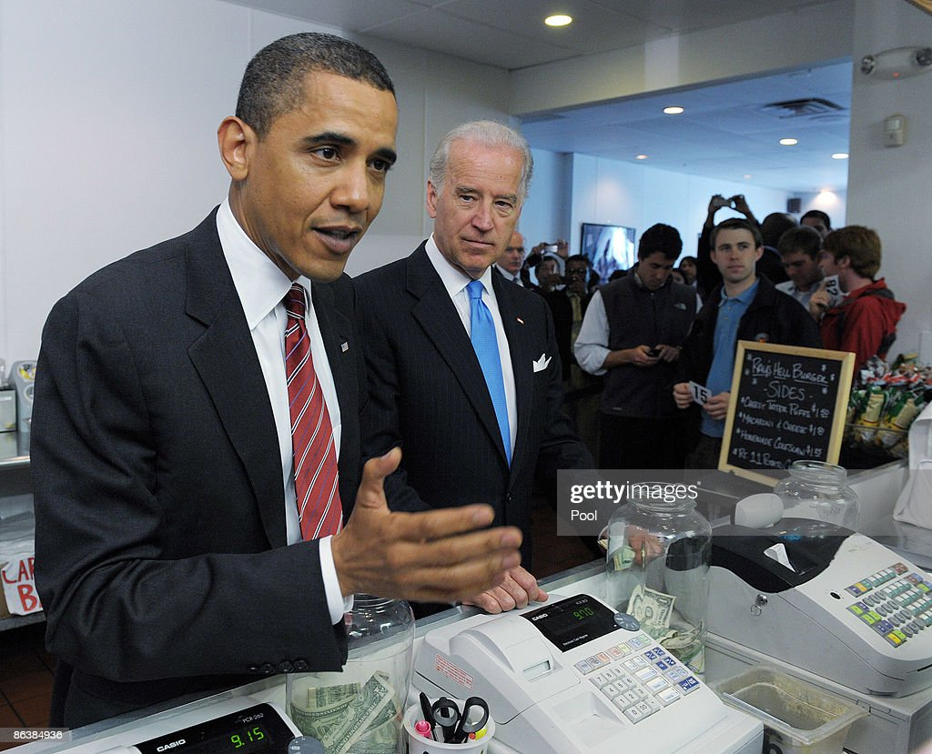 U.S. President Barack Obama (L) and U.S. Vice President Joe Biden order lunch at Ray's Hell Burger May 5, 2009 in Arlington, Virginia. Obama and Biden made an unannouced vist to the Arlington restaurant.