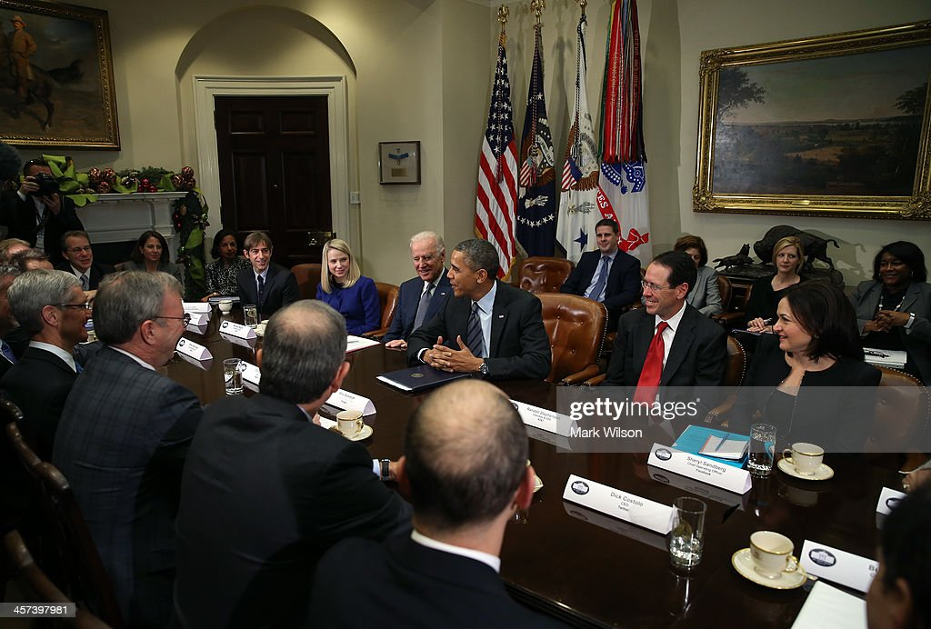 U.S. President Barack Obama (3R) and Vice President Joe Biden meet with executives from leading technology companies, including Apple, Twitter, and Google in the Roosevelt Room of the White House on December 17, 2913 in Washington, DC. The White House said the meeting focused on efforts to repair administration's troubled HealthCare.gov website.