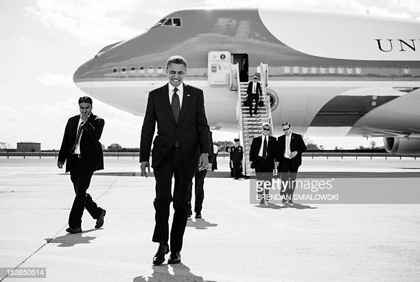 President Barack Obama arrives at John F Kennedy International Airport September 24 2012 in New York Obama is traveling for a two day trip to New...