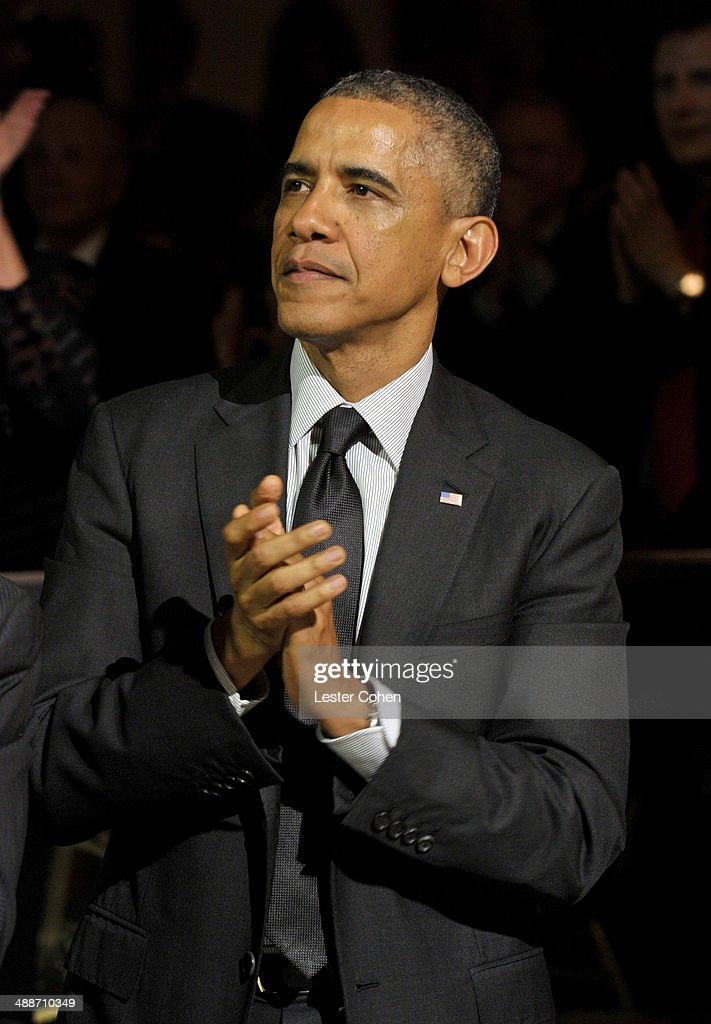 U.S. President Barack Obama attends USC Shoah Foundation's 20th Anniversary Gala at the Hyatt Regency Century Plaza on May 7, 2014 in Century City, California.