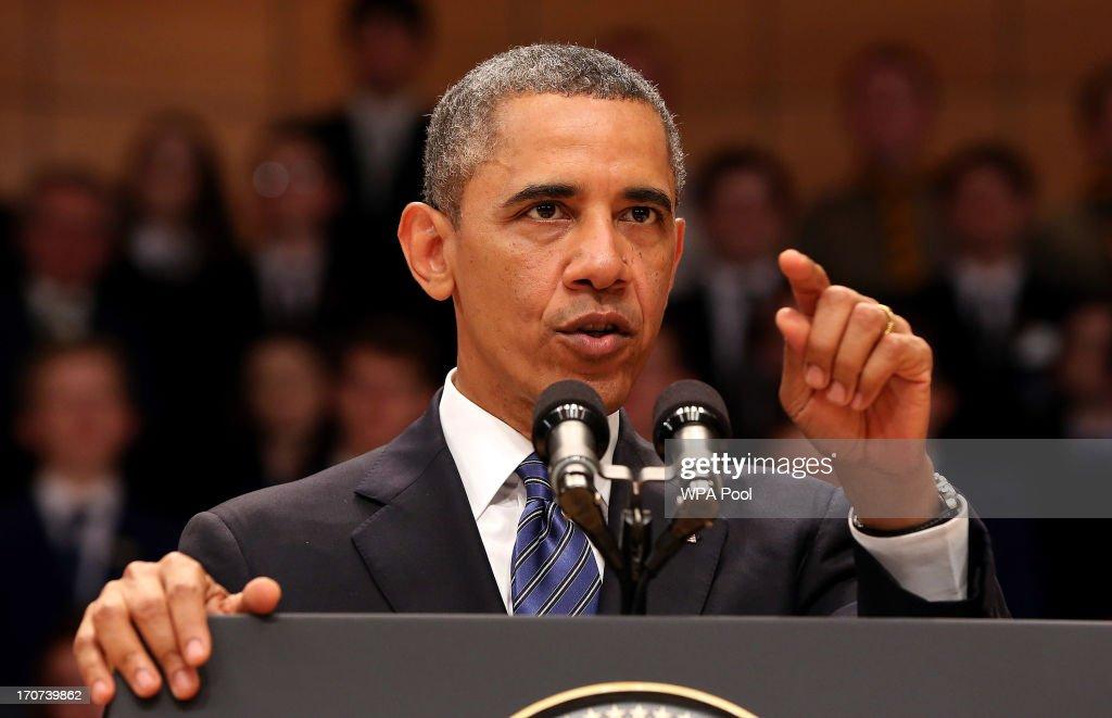 Obama Visits Belfast : News Photo