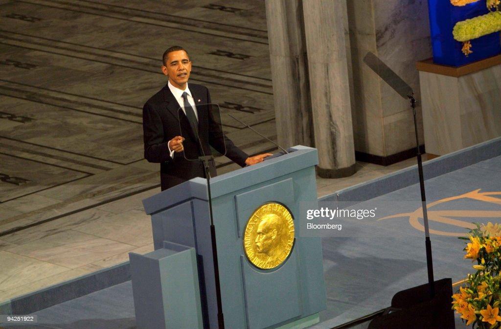 U.S. President Barack Obama Receives The Nobel Prize : News Photo