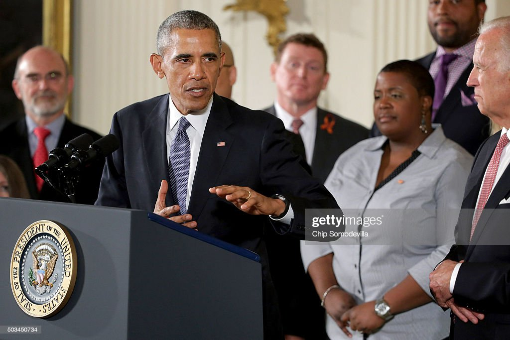 President Obama Speaks In The East Room Of White House On Efforts To Reduce Gun Violence : News Photo