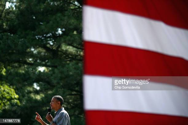 S President Barack Obama delivers remarks during a campaign ice cream social at Washington Park July 5 2012 in Sandusky Ohio Obama is traveling by...