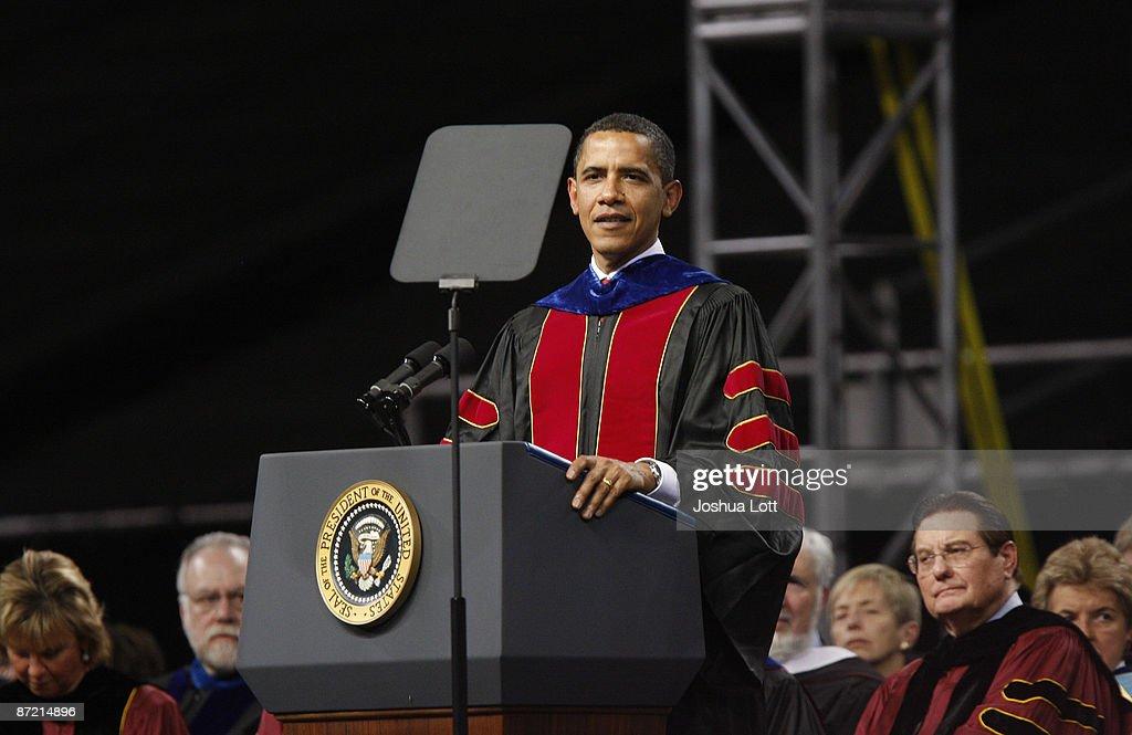 Obama Gives Commencement Address At Arizona State University : News Photo