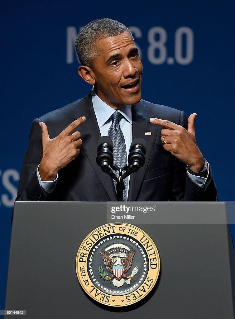President Obama Speaks At Clean Energy Summit In Las Vegas : Fotografía de noticias
