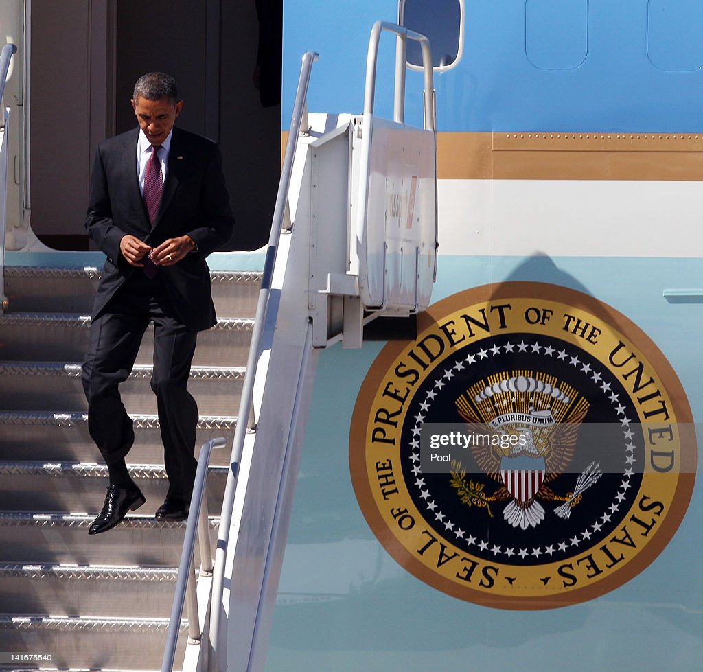 U.S. President Barack Obama departs Air Force One at McCarran International Airport on March 21, 2012 in Las Vegas, Nevada. The president went on to speak about energy policy in Boulder City as part of a multi-state tour. The Copper Mountain solar facility is the largest operating photovoltaic plant operating in the country.