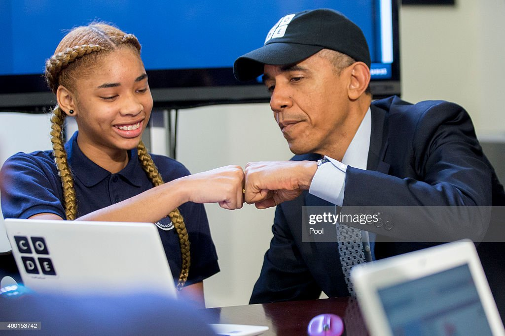 President Obama Meets With Students Participating In An Hour Of Code Event : News Photo