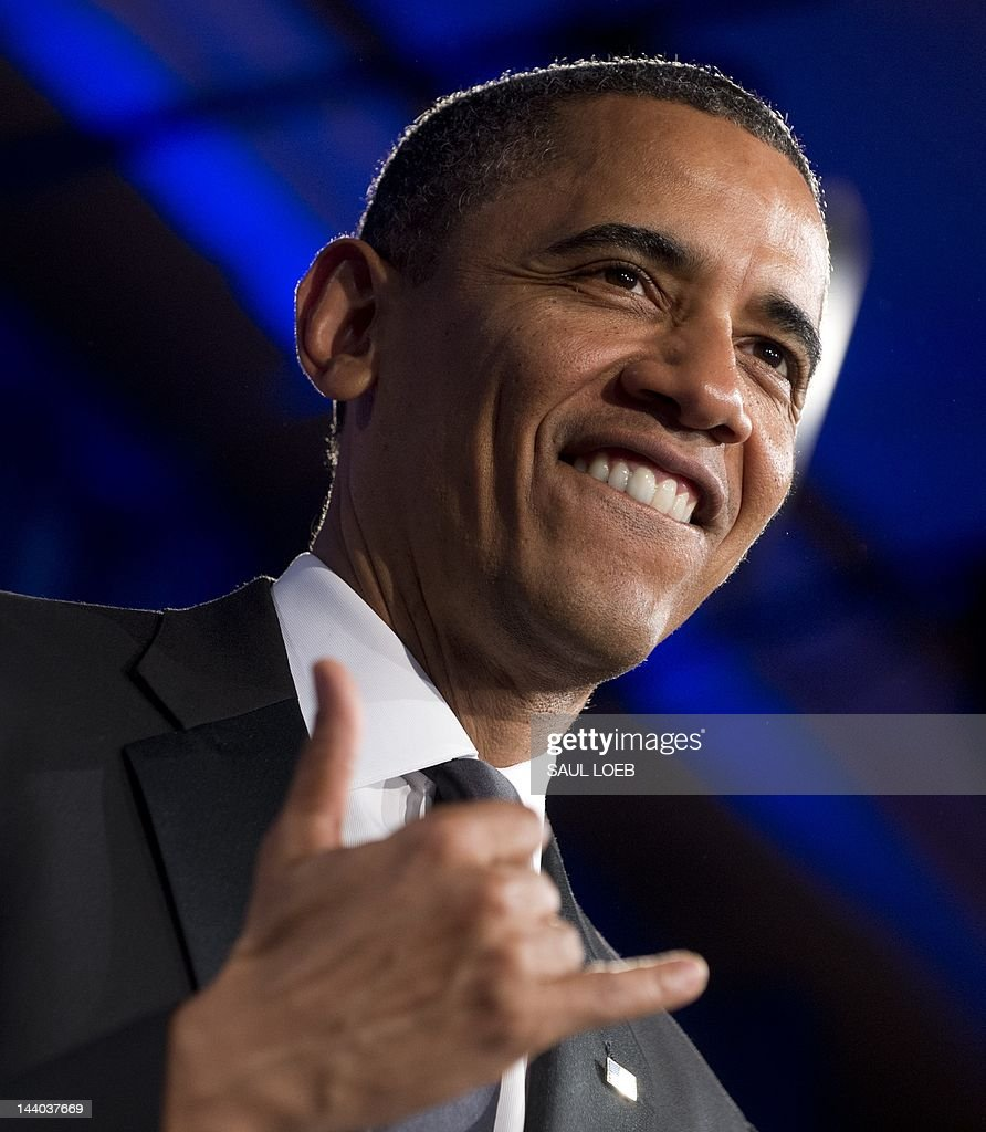US President Barack Obama gives the Hawa : Fotografía de noticias