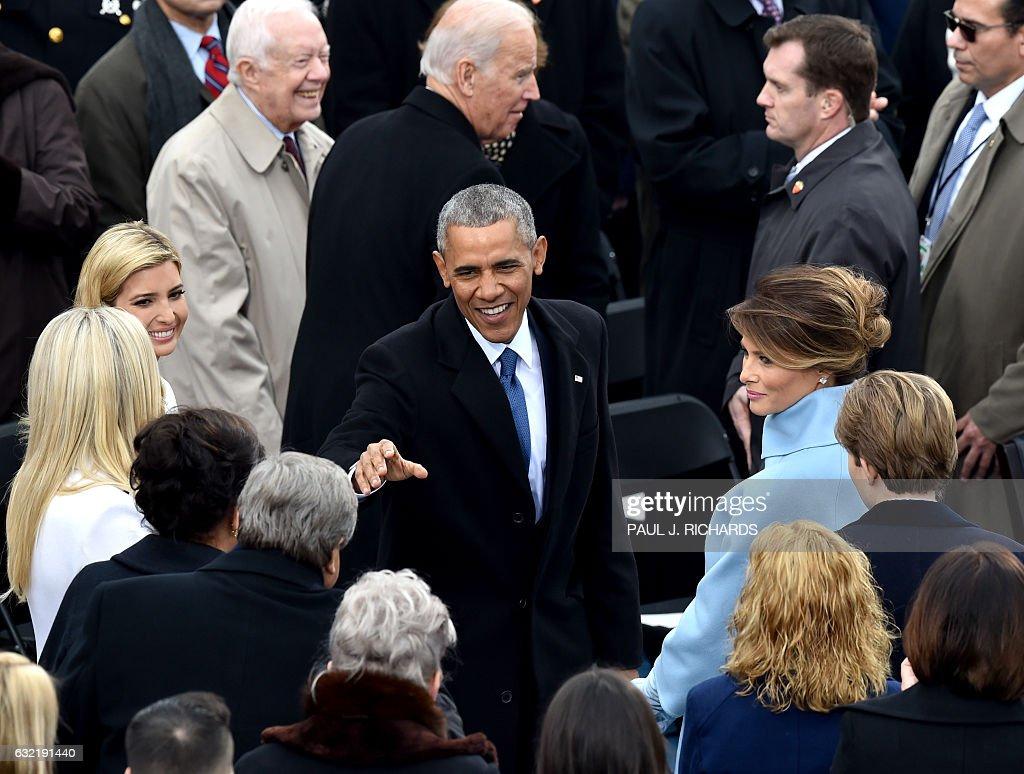 Us President Barack Obama Greets Melania Trump And Other Trump
