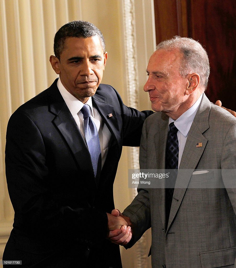 U.S. President Barack Obama (L) greets Sen. Arlen Specter (D-PA) (R) during a reception in honor of Jewish American Heritage Month May 27, 2010 in the East Room of the White House in Washington, DC. The reception was to celebrate Jewish American heritage and its contributions to American culture.