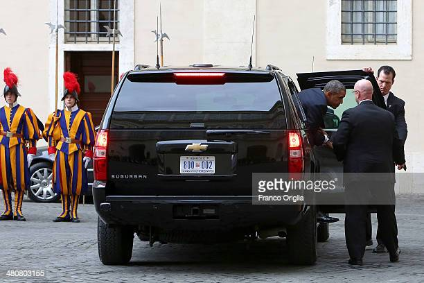 President Barack Obama he arrives at the San Damaso courtyard for a meeting with Pope Francis on March 27 2014 in Vatican City Vatican Obama is...