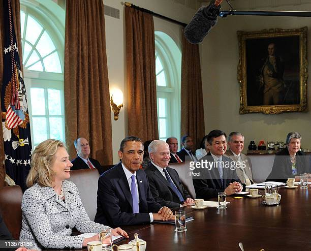 US President Barack Obama holds a Cabinet meeting with from left Secretary of State Hillary Clinton Secretary of Defense Robert Gates Secretary of...