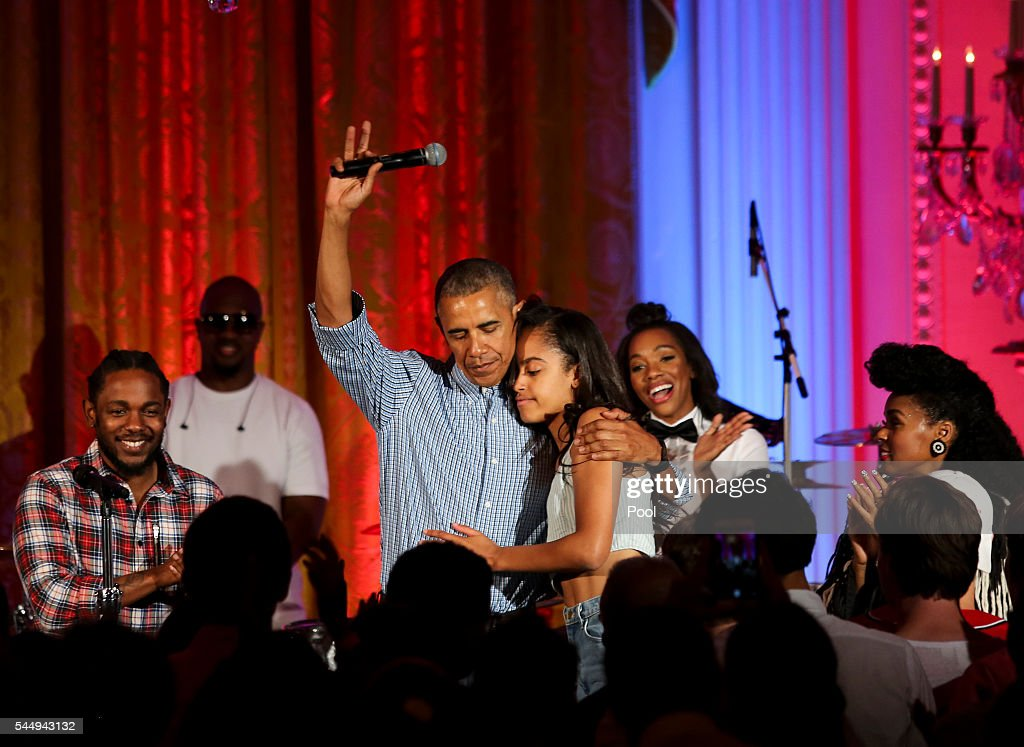 Malia Obama Celebrates 18th Birthday At White House July Fourth Party : News Photo
