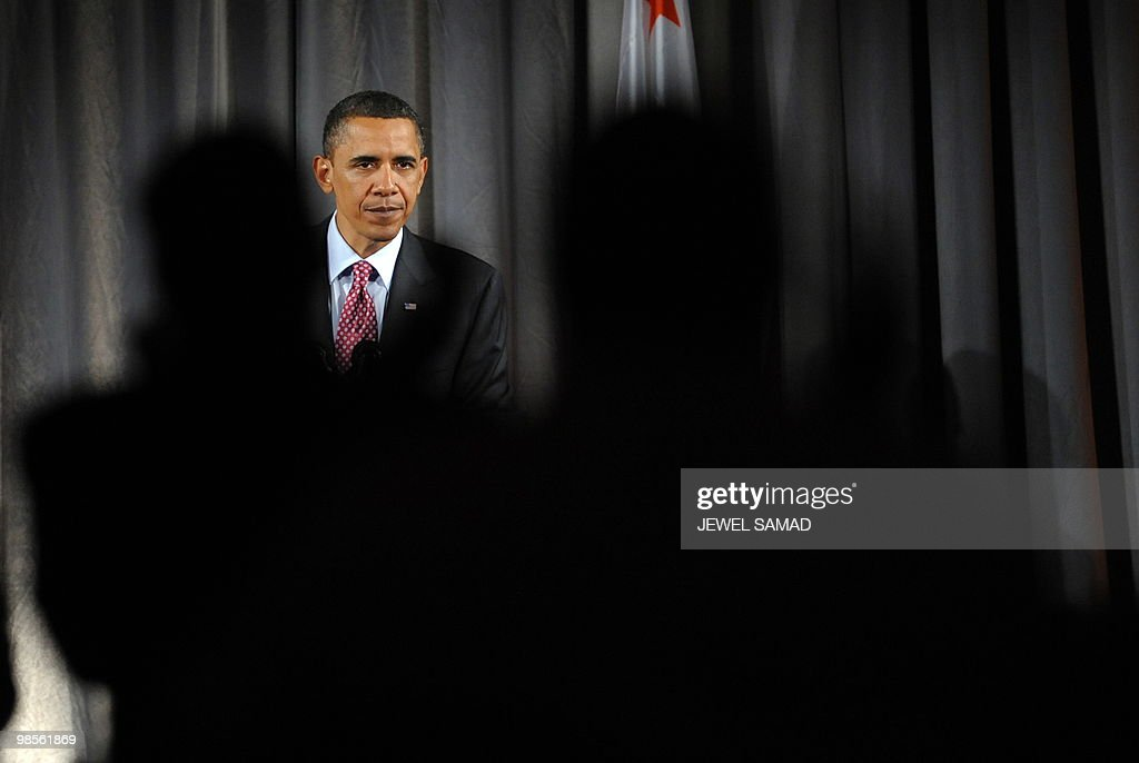 US President Barack Obama leaves after speaking at a fundraising reception for Senator Barbara Boxer and the DNC at the Museum of Natural History in Los Angeles, California, on April 19, 2010. AFP PHOTO/Jewel SAMAD