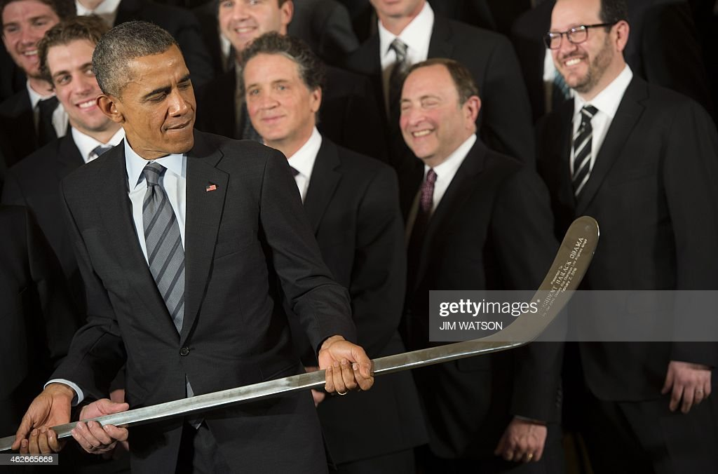US-POLITICS-OBAMA-HOCKEY-KINGS : News Photo