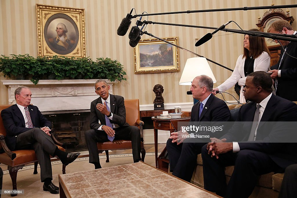U.S. President Barack Obama meets with business, government, and national security leaders in the Oval Office of the White House September 16, 2016 in Washington, DC. Obama met with the business, government, and national security leaders to discuss the Trans-Pacific Partnership. Pictured are (L-R) former New York Mayor Michael Bloomberg, Obama, Louisiana Governor John Bel Edwards, and Atlanta Mayor Kasim Reed.