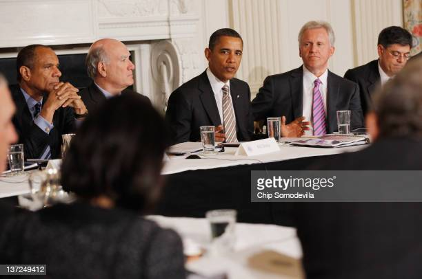US President Barack Obama meets with his Council on Jobs and Competitiveness group of business leaders tapped to come up with jobspurring ideas...