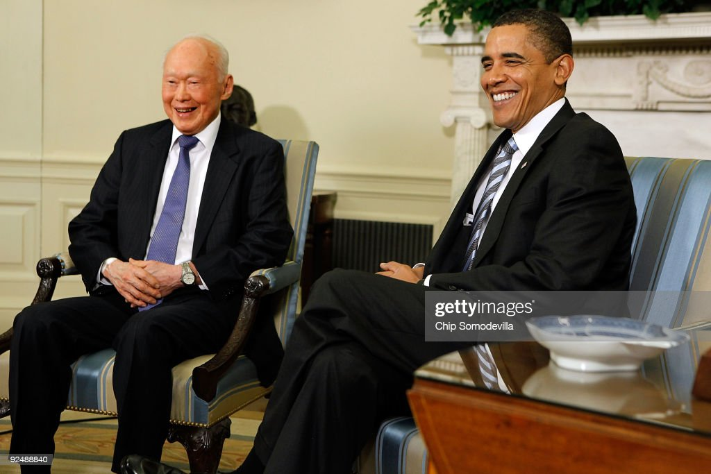 Obama Meets With Minister Mentor Of Singapore