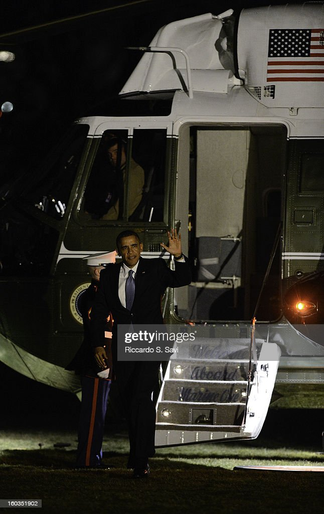 U.S. President Barack Obama returns to the South Lawn of the White House after speaking in Las Vegas on comprehensive immigration reform on January 29, 2013 in Washington, DC.