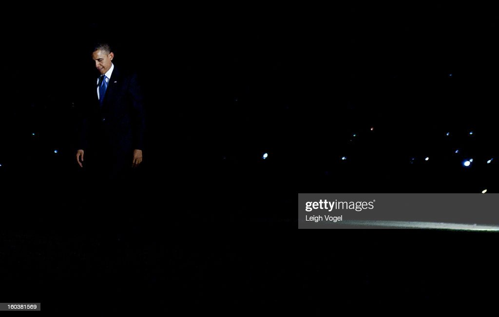U.S. President Barack Obama returns to the White House from Las Vegas after speaking about the broken US immmigration system on January 29, 2013 in Washington, DC.