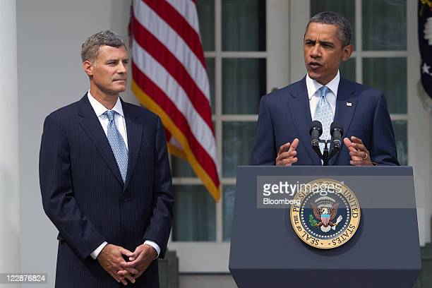 US President Barack Obama right announces Alan Krueger as a nominee to lead the White House Council of Economic Advisers in the Rose Garden of the...