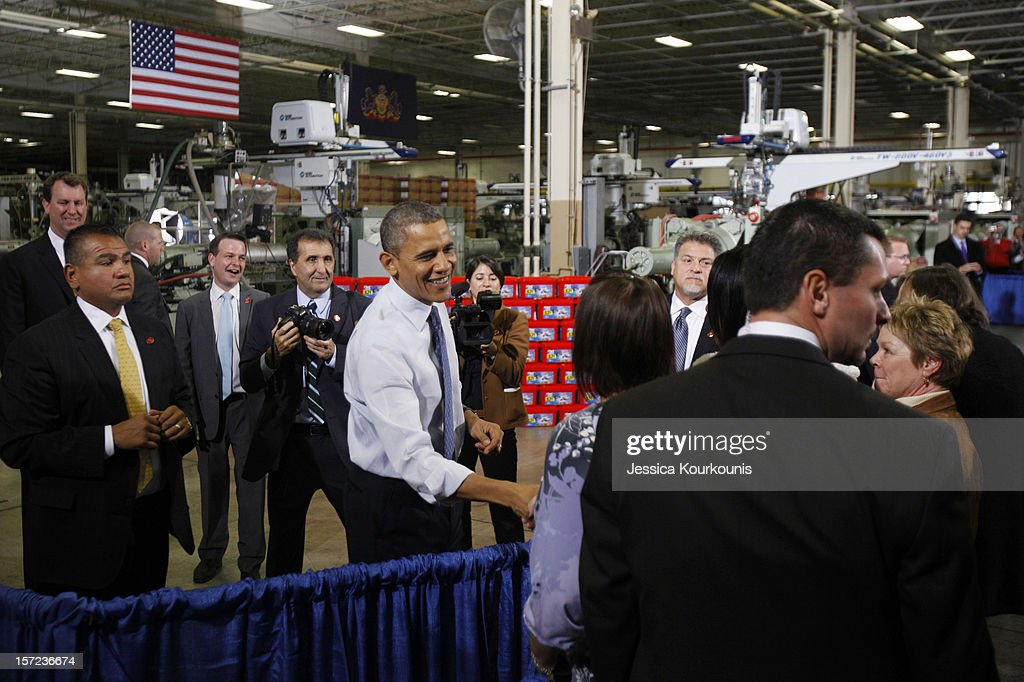 Obama Visits PA Manufacturing Plant To Discuss Middle-Class Tax Cuts : News Photo