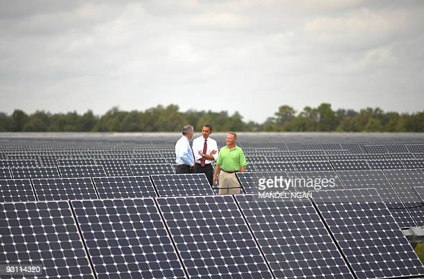 US President Barack Obama speaks after touring the DeSoto Next Generation Solar Energy Center October 27 2009 in Arcadia Florida President Barack...
